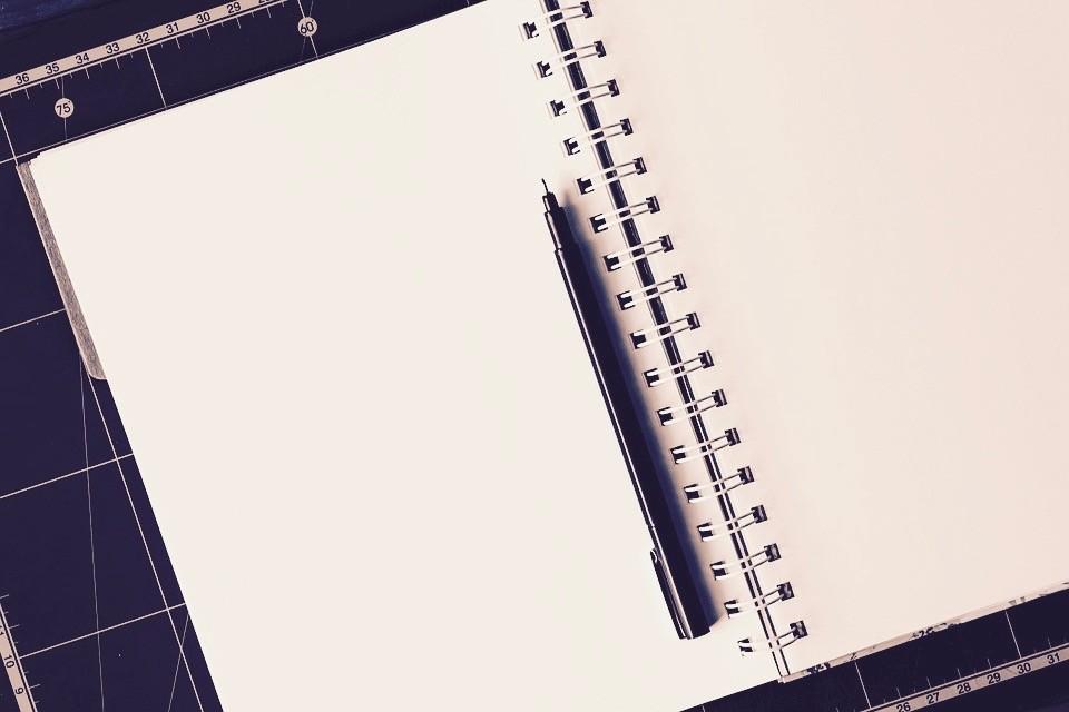 notebook-1587527_960_720